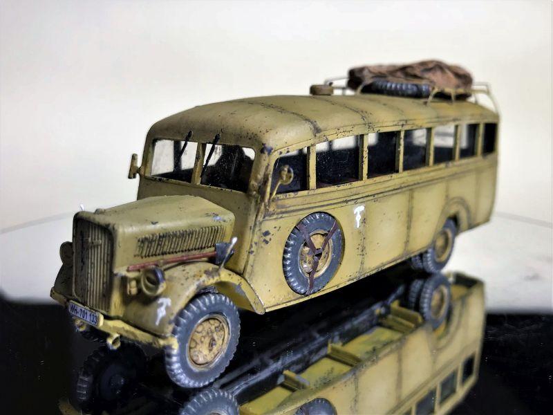 """Der Roden 721 Opel Blitz Omnibus """"model W.39 Ludewig-built"""" vom Panzerschmied meisterlich gefertigt."""