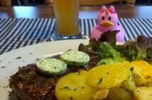 """Zu Unicorns Birthday: """"Totes Tier mit Weizenbier"""""""
