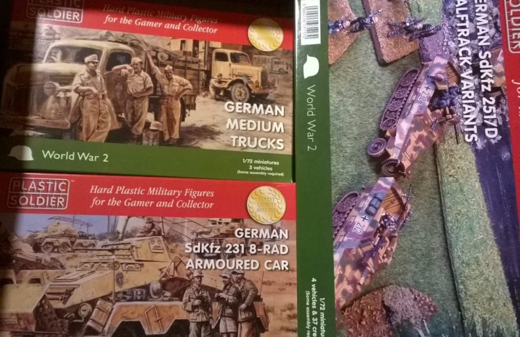 Mit dabei im Oktober-Haul vom Doncolor: PSC Sd.Kfz.231 Achtrad-Spähpanzerwagen, PSC German Medium Trucks, PSC Sd.Kfz.251/D Halftrach ks and Variants