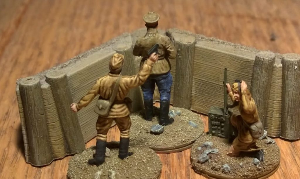 Olga Kommunikova, Piotr Kalinin und Sergej Gasparov aus dem Esci Set 203 Russian Soldiers