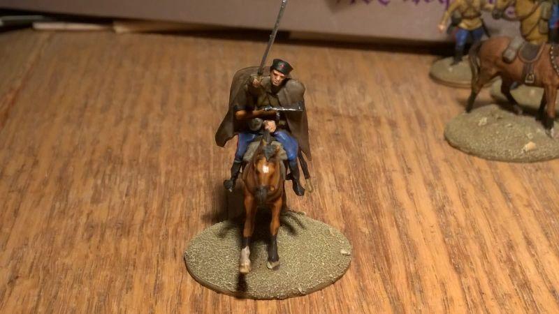 Ein attackierender Kosake mit gezücktem Säbel aus dem Set Revell 02514 sowjetische Kosaken im WWII