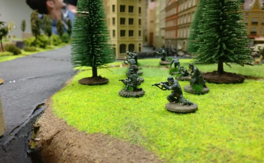 Die deutsche Stellung in Eisenstadt-Fritzvorstadt auf dem Flügel des Generals Lucas. Hier sollte in wenigen Zügen Rittmeister von Stürmisch attackieren.