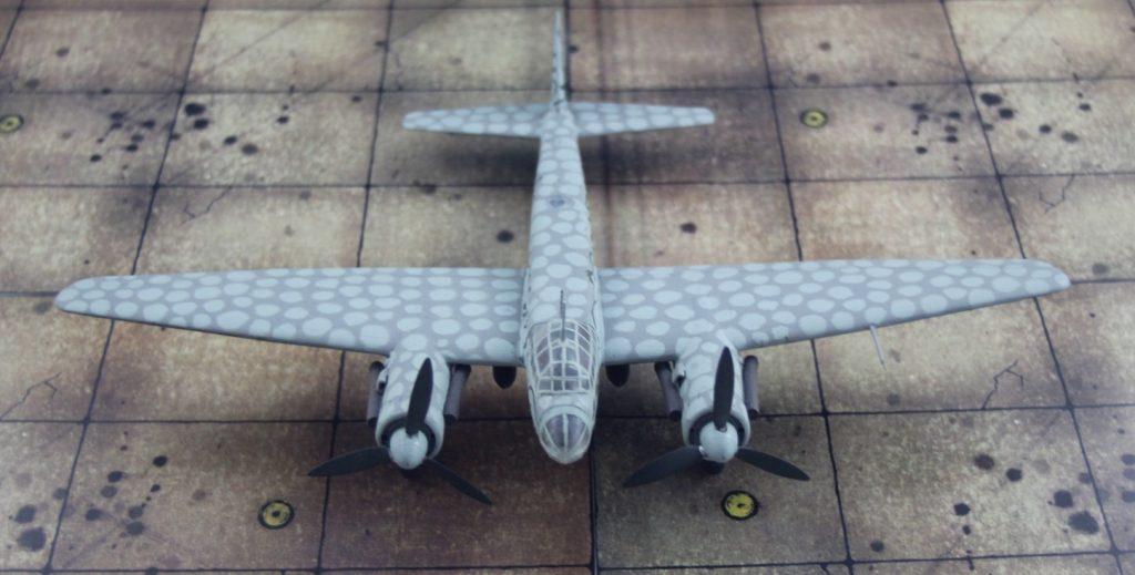 Die Junkers Ju 88 S-3 war ein Rückgriff auf die ursprüngliche Schnellbomber-Konzeption, mit der in den 1930er Jahren die Entwicklung des Flugzeugs begonnen hatte. (Modell: die Ju 88 S-3 vom AMtech 72903)