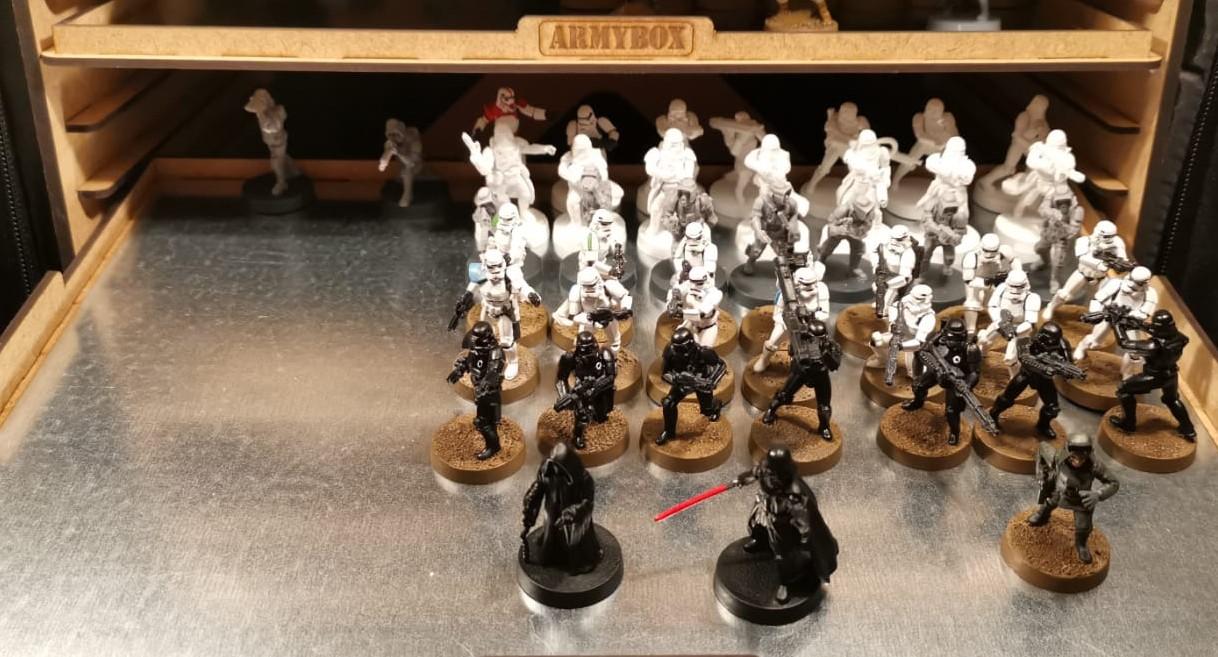 Auch Truppen finden Platz in der ARMYBOX von Pfeffer Modell und Formenbau