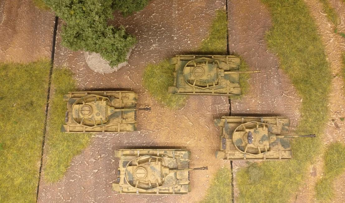 Vier Panzer IV Ausf. H aus dem Set 15mm WW2 German Panzer IV Tank von PSC
