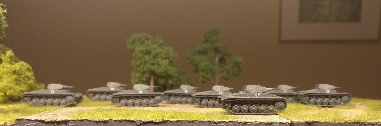 Acht schnieke Panzer II aus dem Set Zvezda 15mm Panzer II Platoon