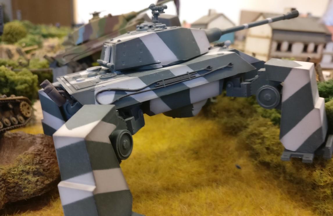 Das bewährte Waffensystem Modelcollect AS72090 E-75 Ausf. V - Gerät 58 - Fist of War