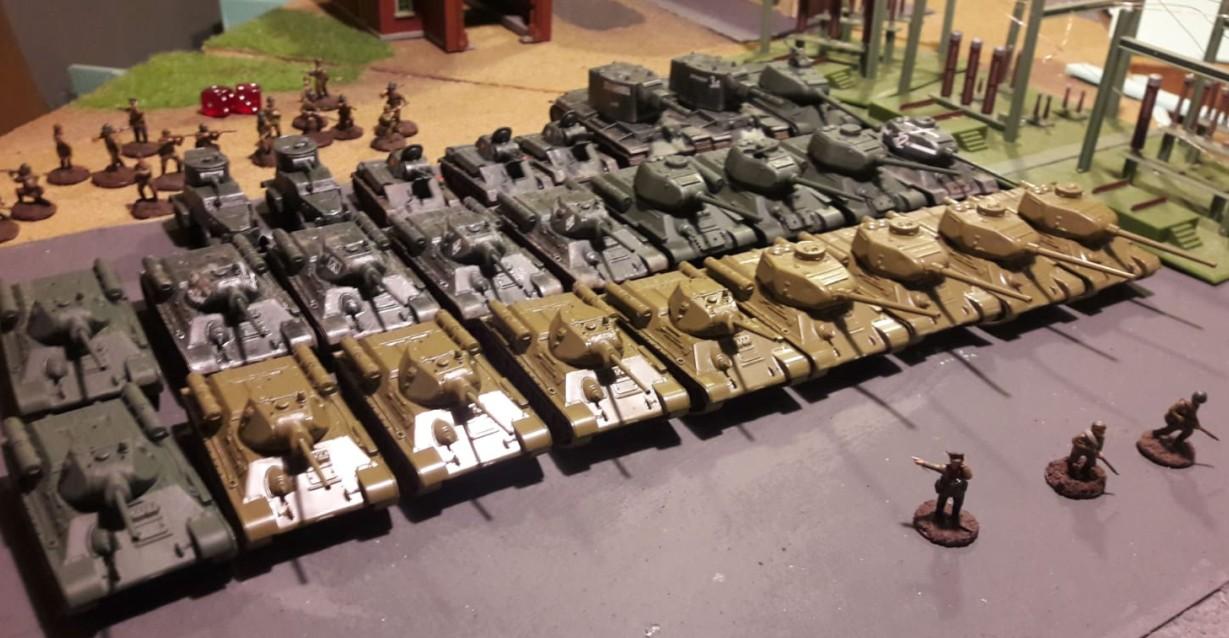 Oft fuhren die T-34 der roten Armee unlackiert ind Gefecht. Ich schätze mal, das wird der Dominic aber dann doch nicht zulassen. Rechts hinten auch gut erkennbar. Elemente des Umspannwerks für das Industriegebiet von Eisenstadt.