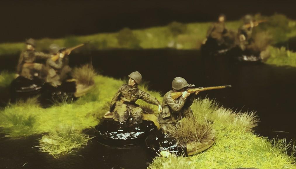 Die Scharfschützen der 42. Schützendivision - bereits mitten in den Pripjetsümpfen.