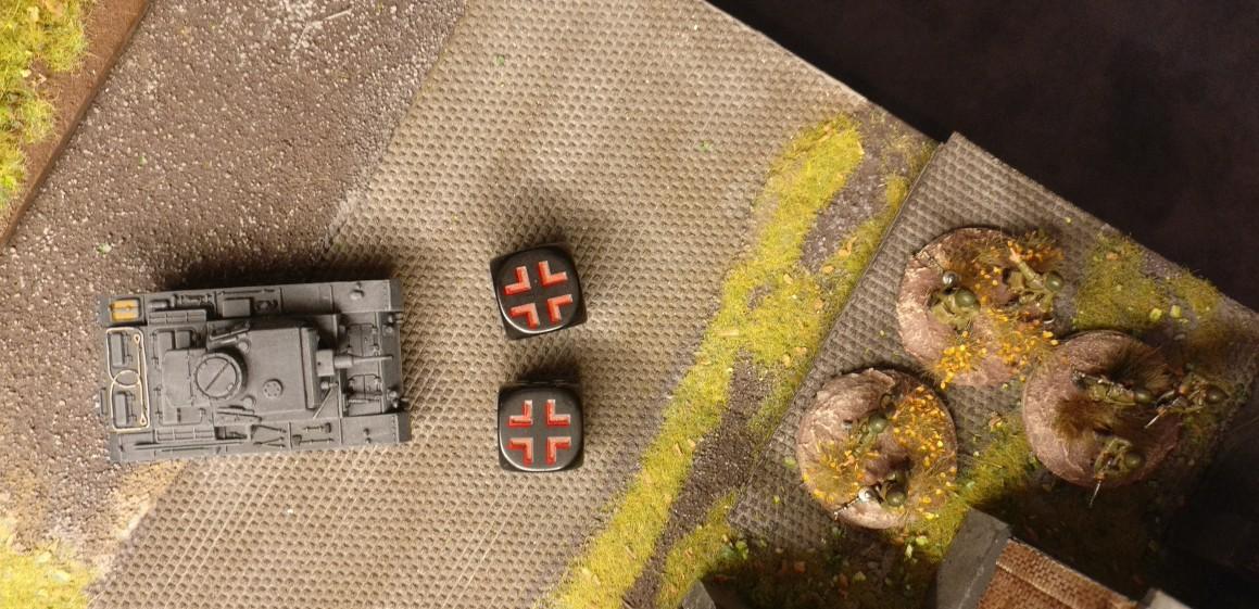 Der Panzer III zieht bis zum Heizhaus vor und feuert auf das Square.