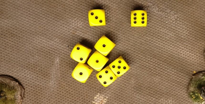 """Die Würfel fallen günstig. Eine """"6"""" fällt: ein Treffer kann angebracht werden."""