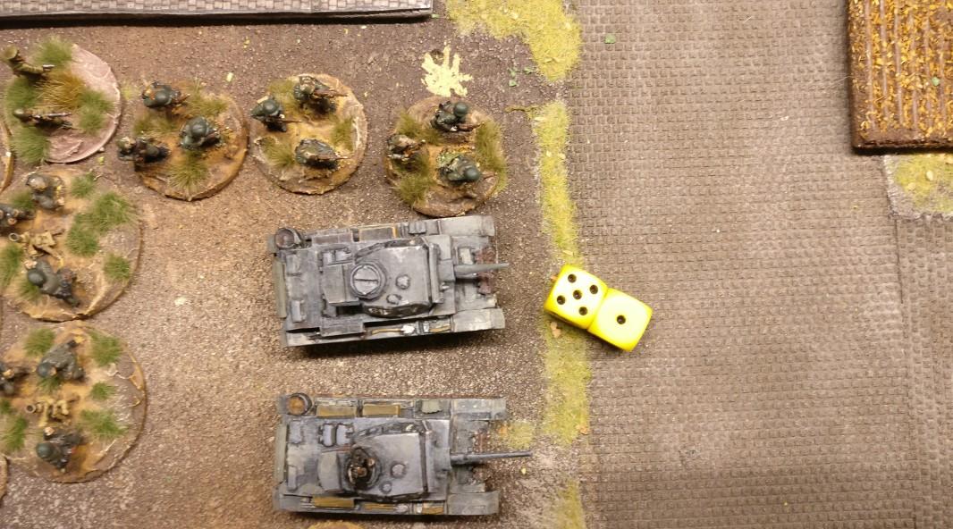 Der erste Flammpanzer III beginnt seine Mission. 6 APs genügen für eine Annäherung an das Ziel sowie einen Schuss mit 4 AP.