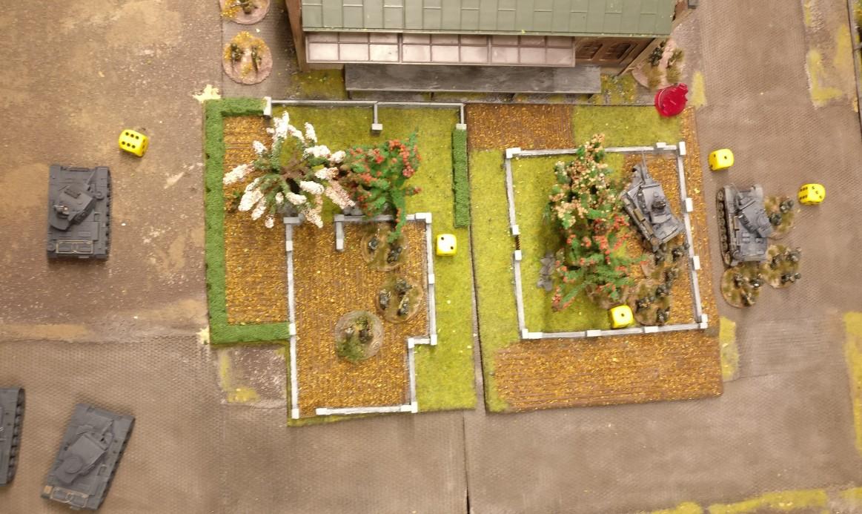 Im Zentrum darf nur der linke Panzer III Opportunity Shooting ausführen.