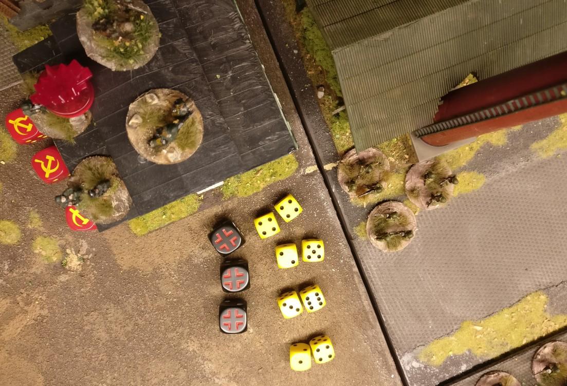 """Die deutschen Foot Groups erwidern den Assault zunächst mit dem Here they come Shooting. 1 AP """"Feuer Frei!"""""""