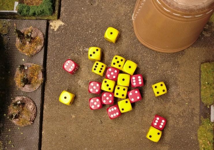 Hier raschelt es kräftig im Karton. Die Treffer im Assault werden ausgewürfelt.