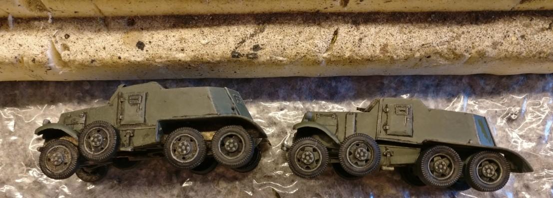 Von der Seite betrachtet: so mag ich es haben. Die beiden Soviet Armored Cars BA-1/BA-6 gefallen dem Sturmi