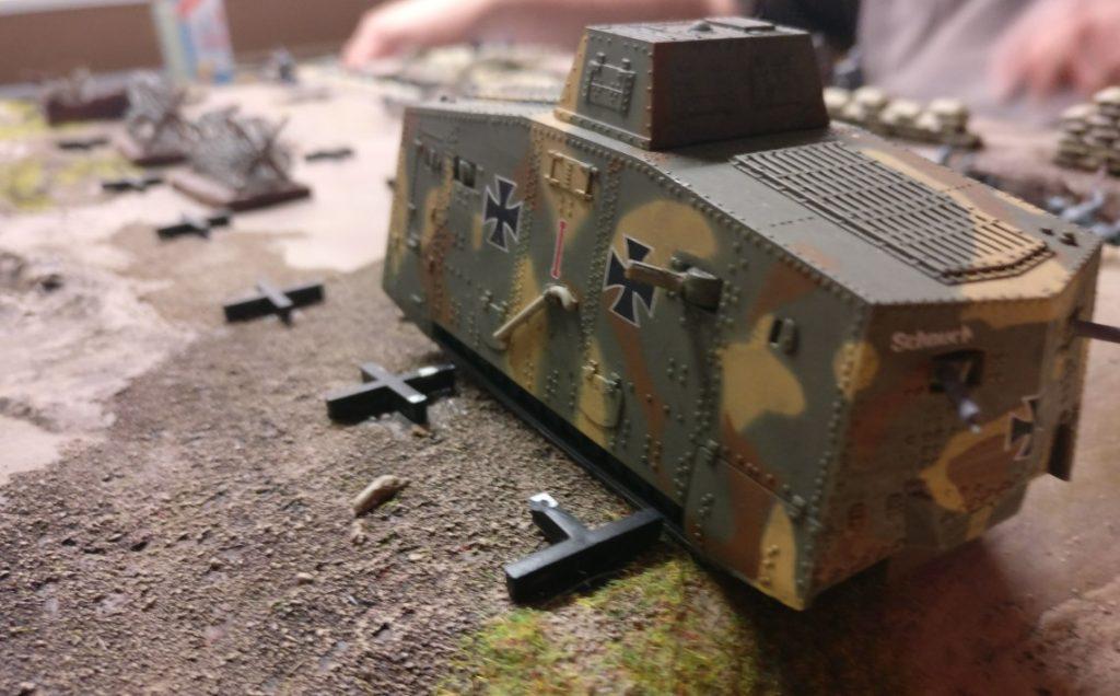 Ein deutscher Panzer A7V.