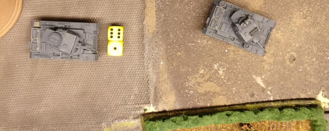 Der nächste Panzer III fällt in den Beschuss ein. Mit 7 APs wird er dreimal mit dem Bord-MG schießen.