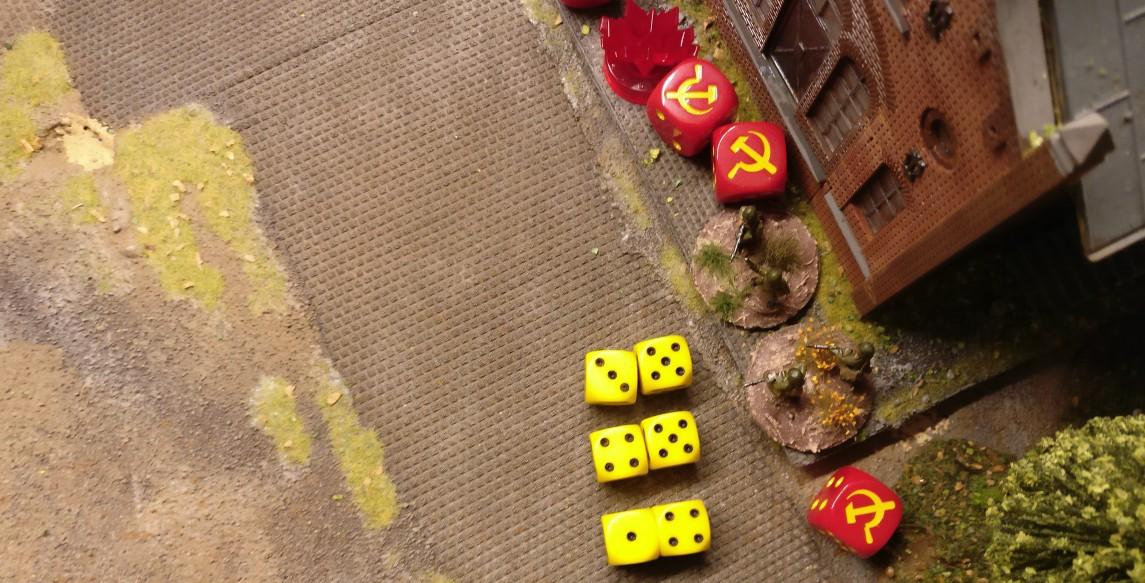 Die beiden Rifle Foot Groups schießen mit 3x 2 = 6 Trefferwürfeln.