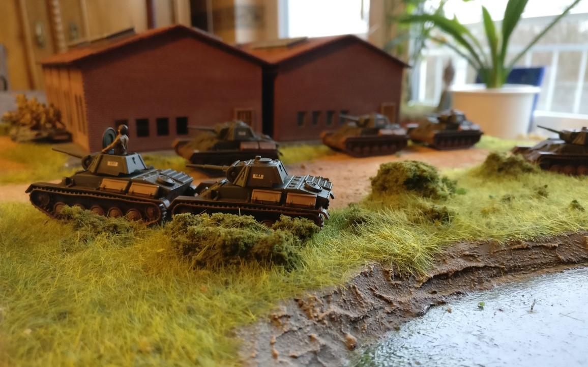 Hier das T-70 Platoon von der Seite.