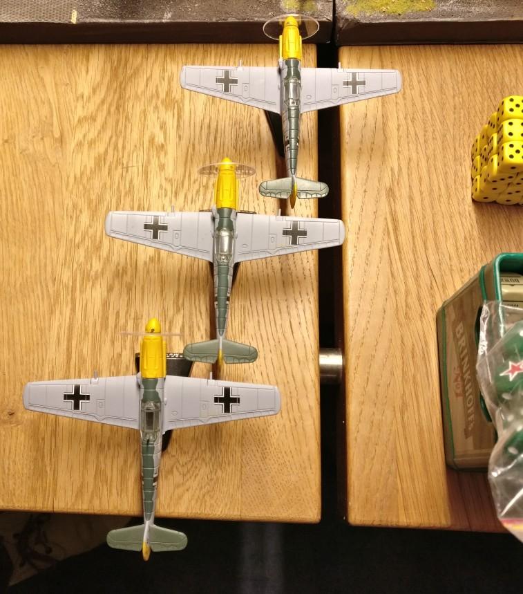 Für das Mid Game ist ein Angriff von deutschen Jabos ( hier drei Bf 109 )  vorgesehen.