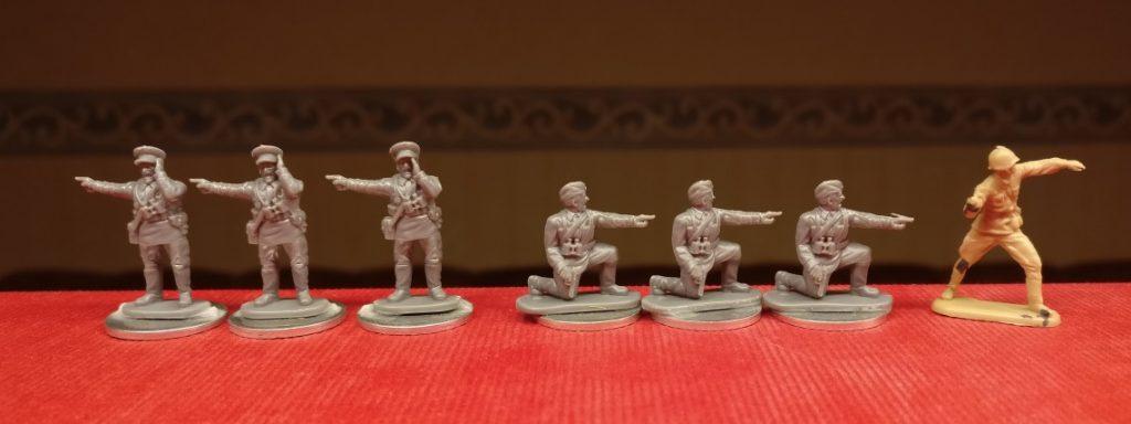 Die Rekruten des Offizierskorps der 10. NKWD Division. Ein Steppenkrieger ist auch noch dabei.