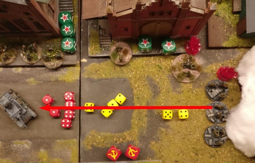 Eine der frisch angetretenen Basen ist eine AT Group mit Panzerbüchse. Die Panzerbüchse nimmt sogleich den Flammpanzer III ins Visier und drückt ab. Dem einen Gun-Effect stehen jedoch 4 Armour-Effects gegenüber. Damit kann kein Schaden angerichtet werden.