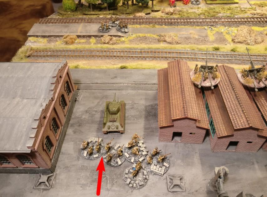 Hier kommt die Einheit in der zweiten Verteidigungslinie an.