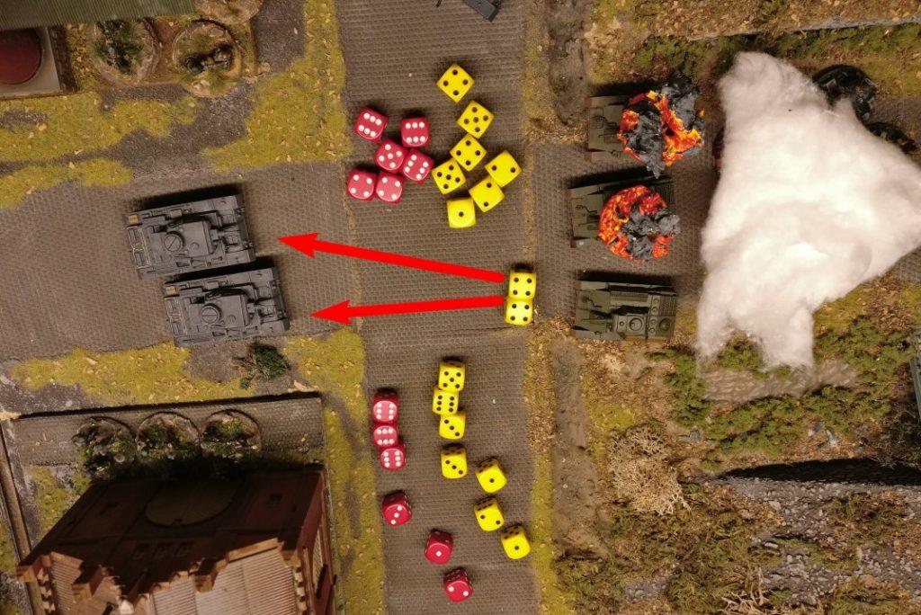 """Mit den 8 APs wird zweimal die Hauptwaffe benutzt. Die beiden Panzer III werden beschossen. Trefferwurf ist erfolgreich (leider nicht auf dem Foto drauf). Oben gibt es 4 Gun Effekte gegen 6 Armour Effekte. Gsaved. Unten gibt es 4 Gun Effekte gegen 4 Armour Effekte. Gesaved. (Alles ab """"3"""" gibt einen Effekt)"""