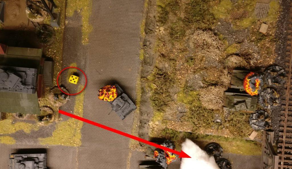 """Aus dem Gebäude geben die Panzergrenadiere Return Shooting. Die """"5"""" lässt es zu."""