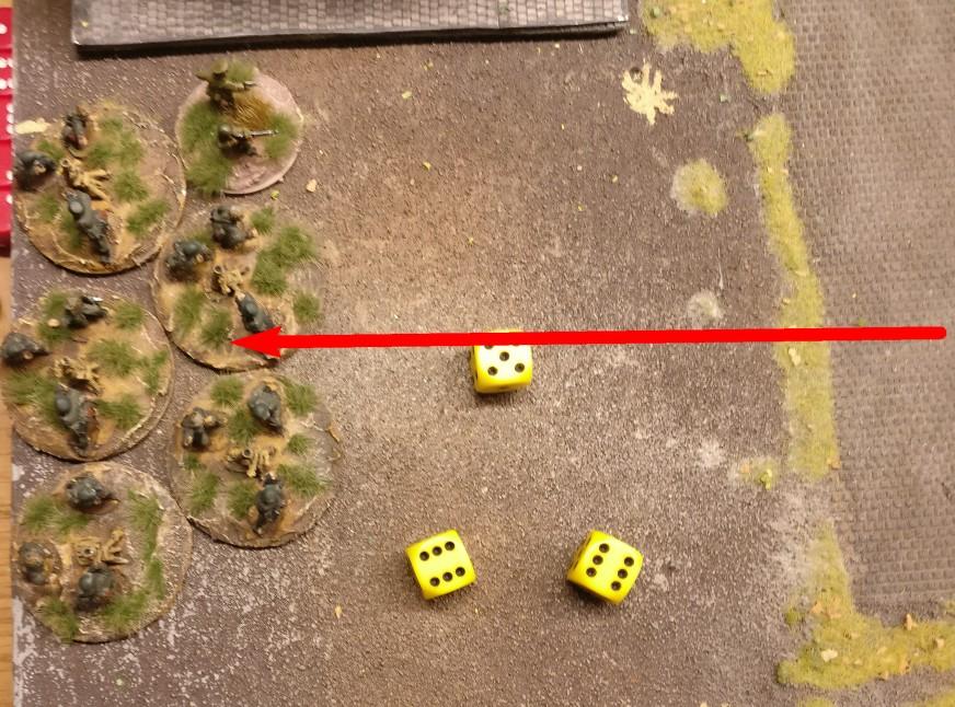 ... auf die schweren deutschen Granatwerfer. 2 Treffer werden erzielt. Jede Foot Group muss jetzt 2 Treffer saven.