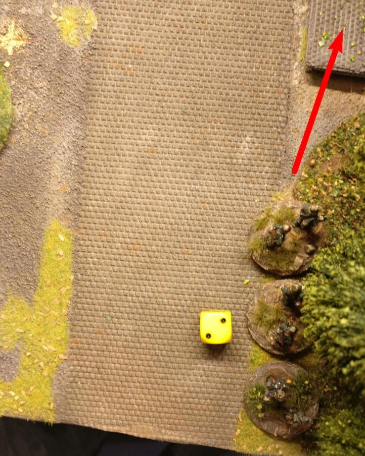 """""""2"""" - kein Opportunity Shooting durch die Panzergrenadiere hinterm Haus."""