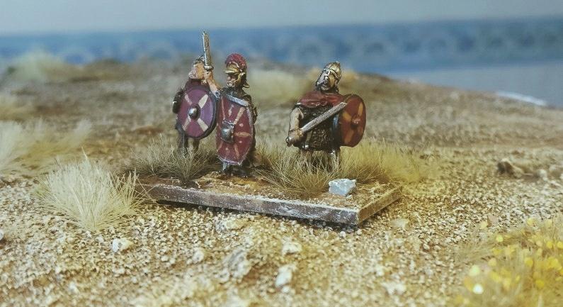 Der Gaius und zwei Mitstreiter. Die Germanen haben auch eine Führung in der Armee!