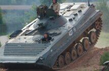 Panzer fahren! Mit dem BMP-1 und SPW 40P2 durchs Gelände heizen!