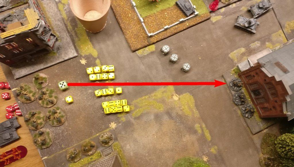 Die Granatwerfer nehmen sich das frisch besetzte Square des Lagerhauses vor. Jeder Granatwerfer würfelt mit 4 Trefferwürfeln.
