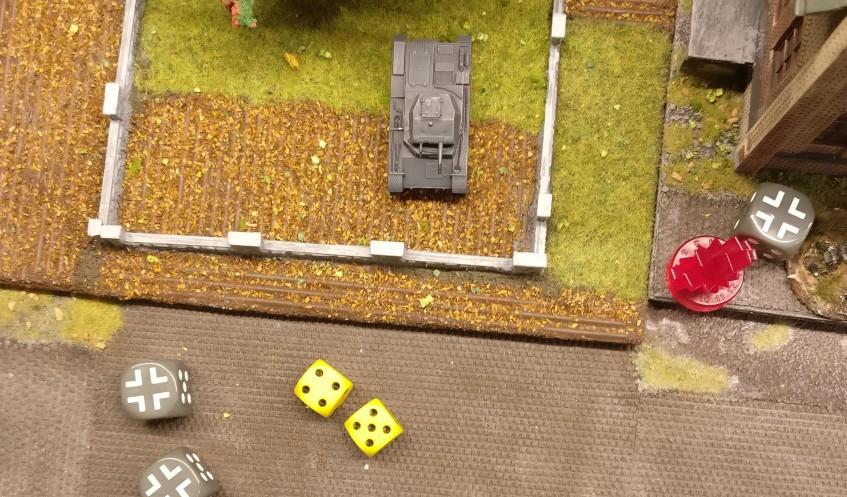 Der Panzer II setzt sich mit 9 APs in Marsch.