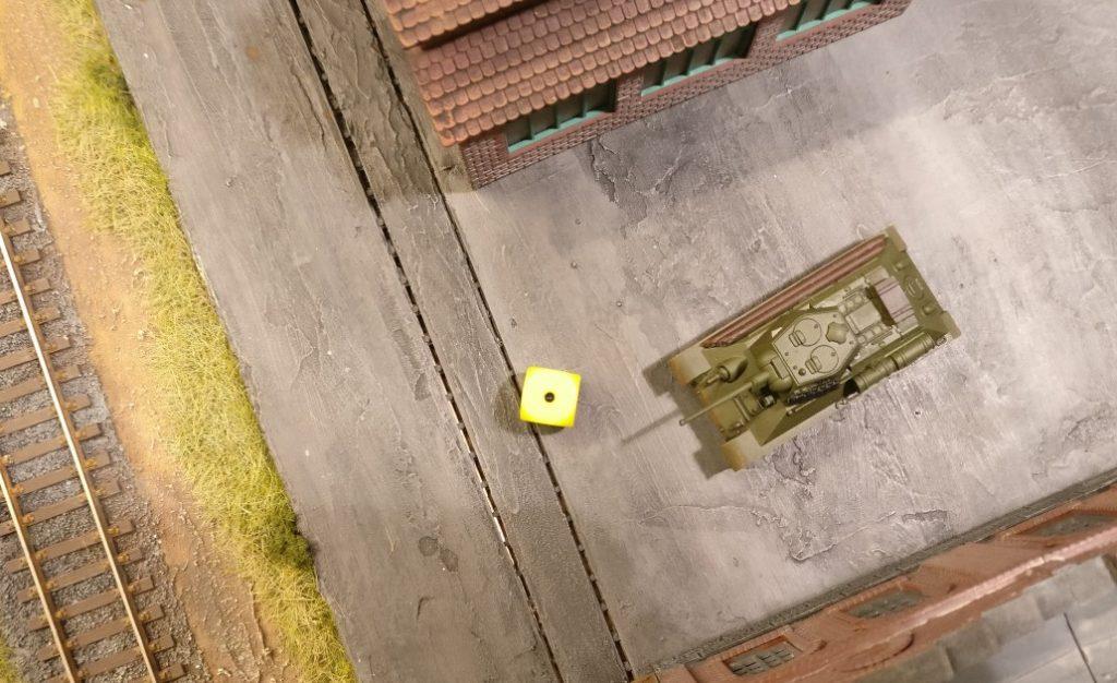 """Der eingegrabene T-34 möchte Opportunity Shooting geben. Die """"1"""" verwehrt dies."""
