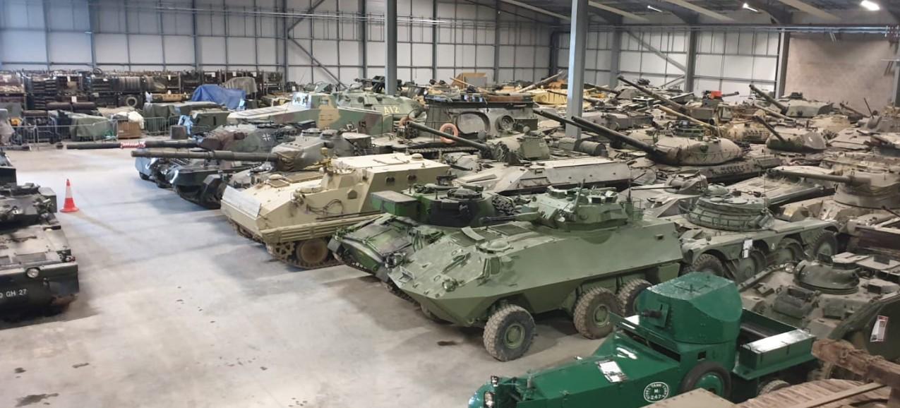 Das Vehicle Conservation Center mit noch mehr Dickblech im The Tank Museum Bovington am Tankfest 2019.