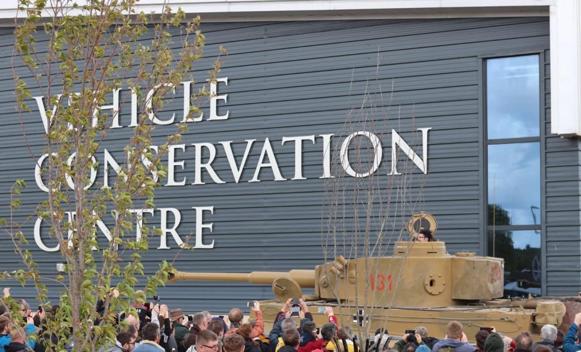 Das Vehicle Conservation Center mit dem Tigerlein im The Tank Museum Bovington am Tankfest 2019.