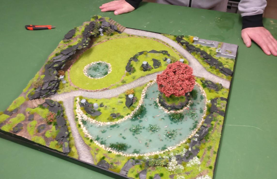 """Gesamtsicht auf die Bushido-Spielplatte """"japanischer Garten"""" der Ad Arma."""