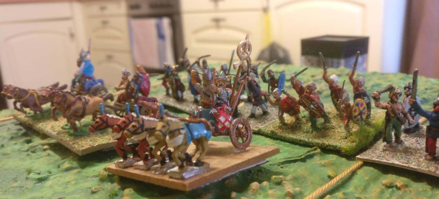 An der rechten Flanke von XENAs Armee: der Sichelstreitwagen der Galater.