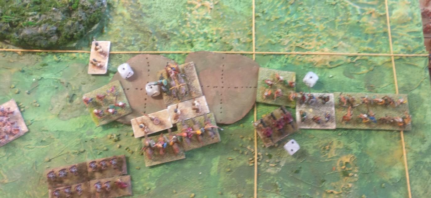 Der rechte römische Flügel bricht zusammen. Das Spiel ist vorbei.