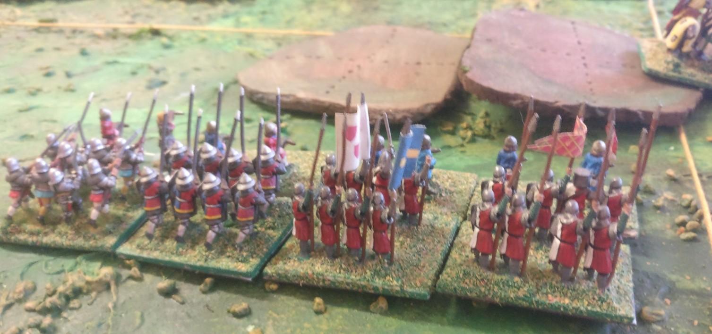 Die Fußvölker im  Zentrum werden sich warm anziehen müssen. Aber die Ritter werden es schon richten.