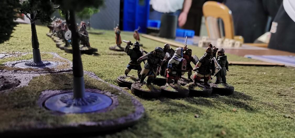 """Kleines SAGA-Turnier: Am SAGA - Spieltisch trafen sich Halvarsons """"heidnische Rus"""" und Marks """"Anglodänen""""."""