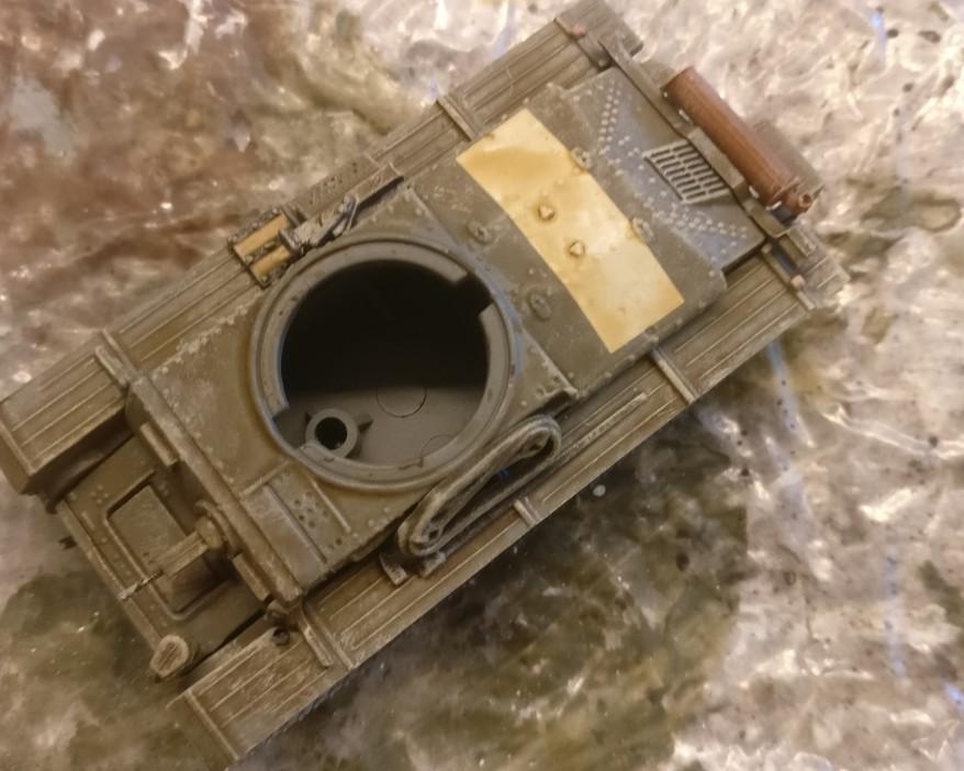 Der DeAgostini Panzersammlung Nr. 57 Pz.Kpfw.38 (t) Ausf. F von Oben. Man erkennt den braunen Wash und das viel zu helle Grau.