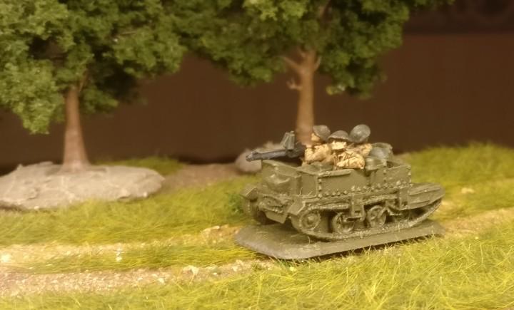 Einen Universal Carrier (auch bekannt als Bren Gun Carrier oder British Universal Carrier (BUC) ) haben wir auch an Bord.  Das Flames of War British Infantry Platoon ist durchaus mobil.