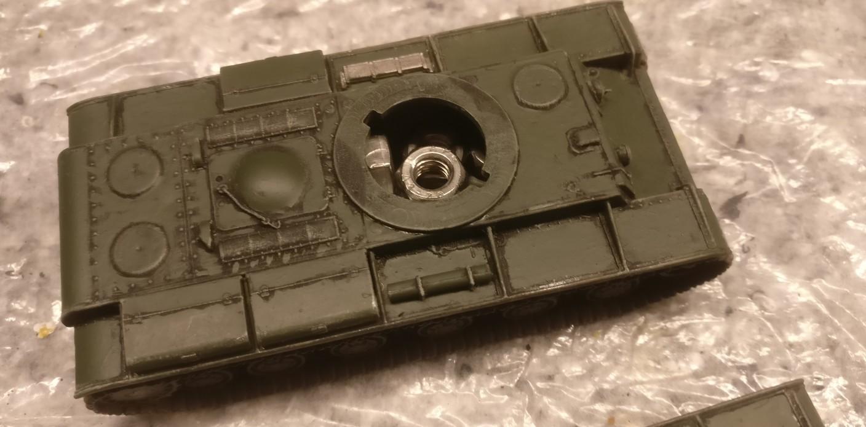 """Einer der KV-Panzer aus der Nähe. (Pegasus 7665 """"KV-1 Early & KV-2"""")"""