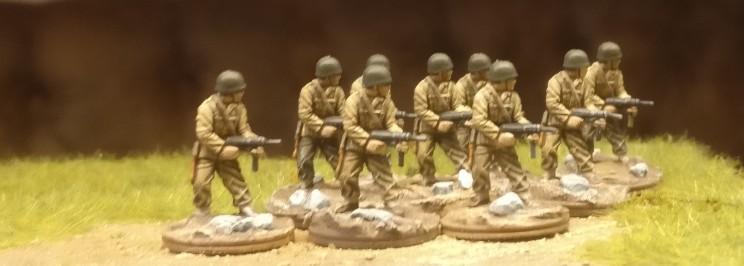 """Neun der 54 Figuren aus dem Set Matchbox 40191 """"US Infantry"""""""