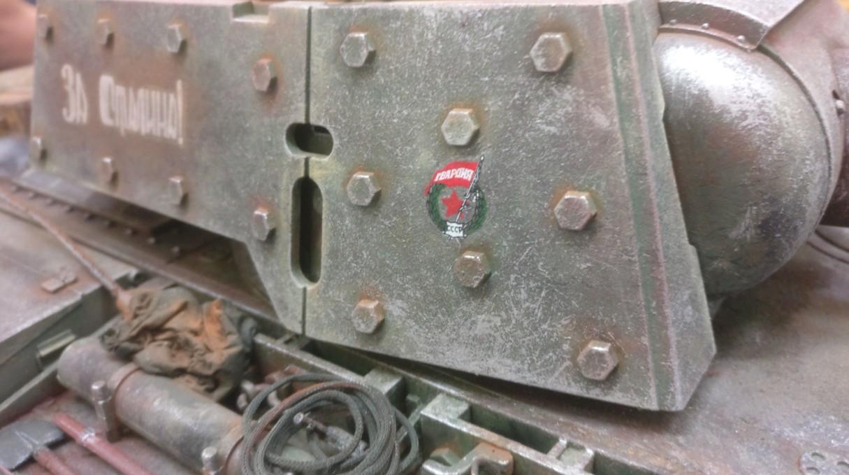 Kampfpanzer KW-1 mit MInenräumvorrichtung der Roten Armee. Weathering und Verwitterung des Modells. Auf der 30. Jubiläum Modellbauausstellung des PMC Main-Kinzig in Gelnhausen-Meerholz am 5. Oktober 2019