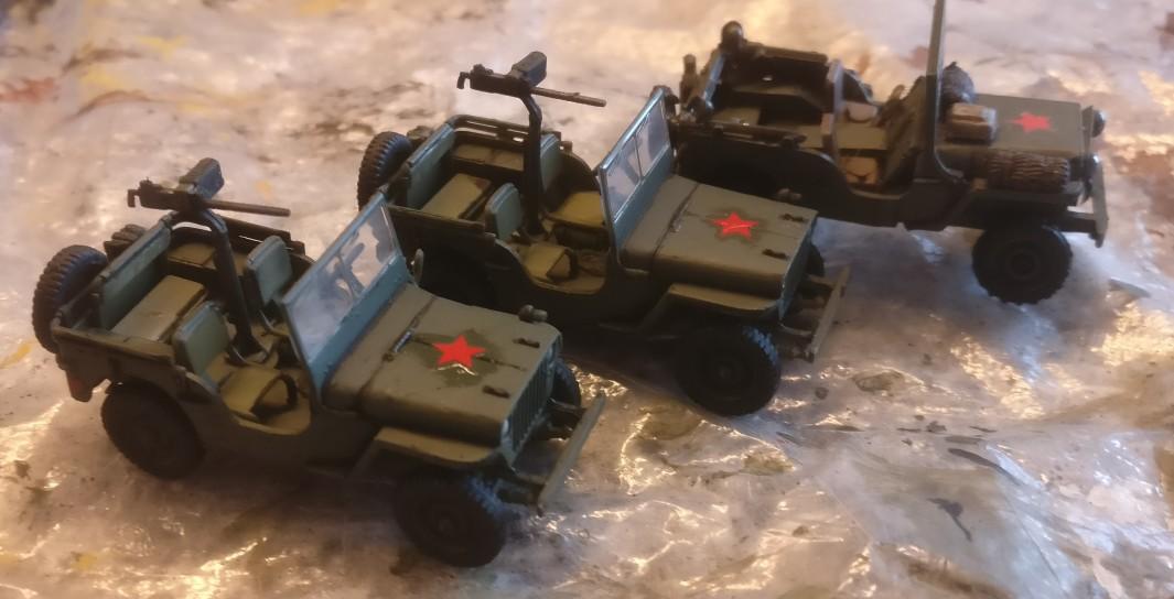 """Frische Decals für die beiden Dragon Armor 60505 """"US ARMY Jeeps 2x 1/4 TON 4x4 Set & .30 Cal. Machine guns"""""""